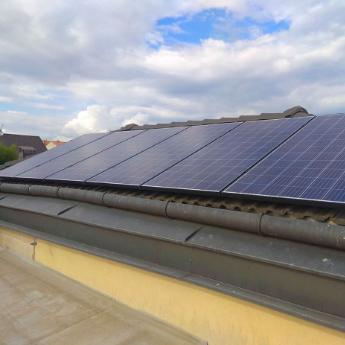 Fotovoltaická elektrárna - Třinec,      reference firmy Solidsun.cz