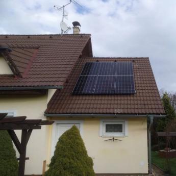 Fotovoltaická elektrárna - Hlubočky,      reference firmy Solidsun.cz