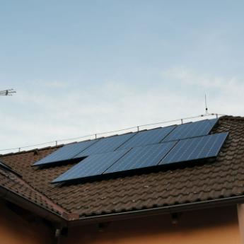 Fotovoltaická elektrárna - Pardubice,      reference firmy Solidsun.cz