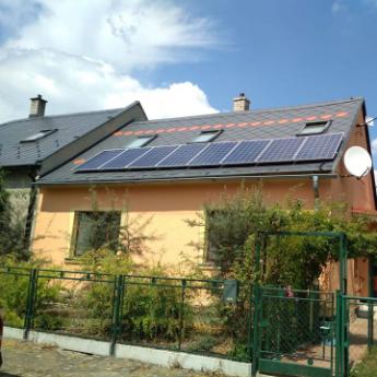 Fotovoltaická elektrárna - Rosice,      reference firmy Solidsun.cz