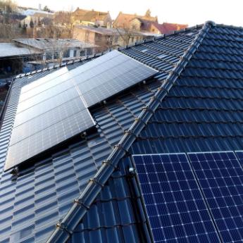 Fotovoltaická elektrárna - Dobruška,      reference firmy Solidsun.cz