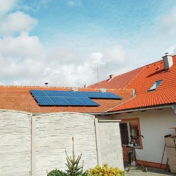 Fotovoltaická elektrárna - Vítkov,      reference firmy Solidsun.cz