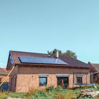 Fotovoltaická elektrárna - Bílovec,      reference firmy Solidsun.cz