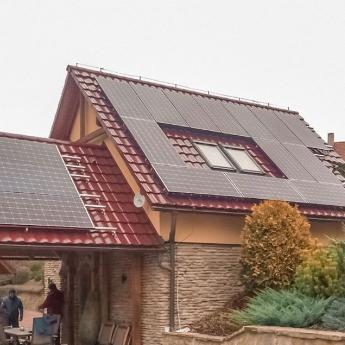 Fotovoltaická elektrárna - Ostrava,      reference firmy Solidsun.cz