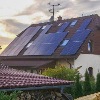 Fotovoltaická elektrárna - Holešov,      reference firmy Solidsun.cz